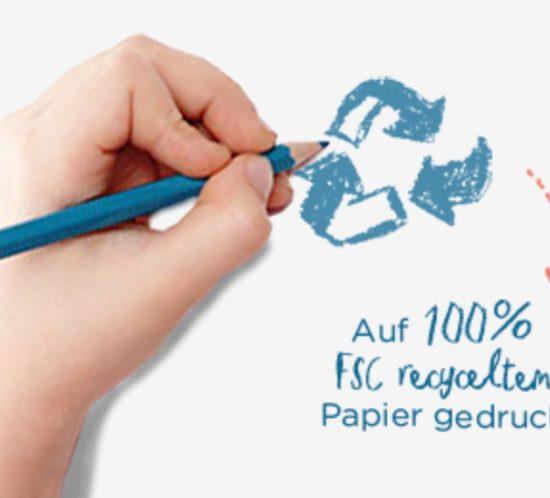 Hand, die Recyclingkreislauf zeichnet