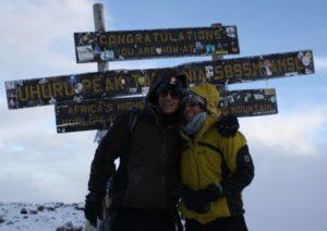 Inspiration für Room to Read: Ed und Olivia auf dem Kilimanjaro